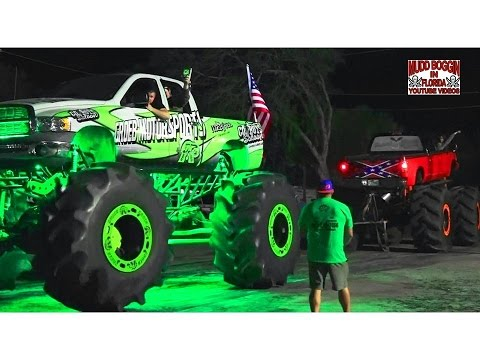 Mega Ram Snaps Fighting King Krush Monster Truck Tug Of War Youtube
