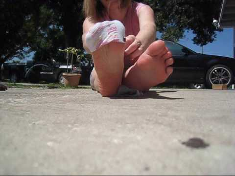 No show sock strip. from YouTube · Duration:  2 minutes 48 seconds