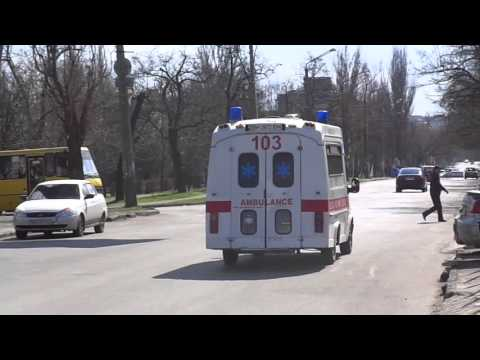 *TOO LATE* Ford Transit ambulance responding