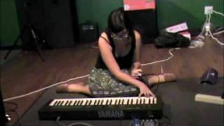 10 Krysten Davis at Laboratory Music #1 solo minimalist free improvisation festival Gainesville