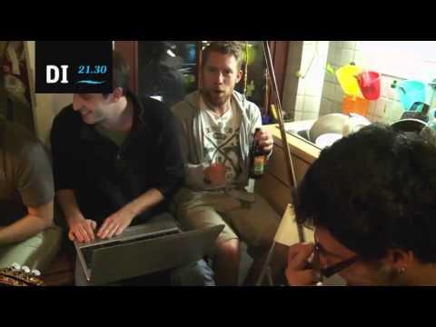 Tim, Saar en Veronica in Veronica Goes Couchsurfing