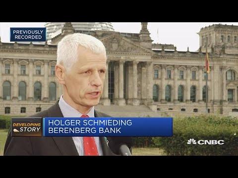 Merkel faces worst crisis in 13 years, economist says | Squawk Box Europe
