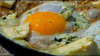 Fried Eggs with Blue Cheese - Denmark