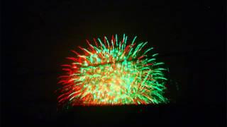 FinePix Rea l3D W3で撮った花火をアナグリフにしてみました。
