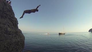 Обучение спасательным и  высотным прыжкам в воду.