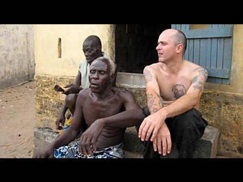 Record Digging in West Africa- Sub. Español