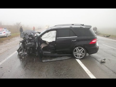 Russian Car Crash Compilation October 2014 part 4