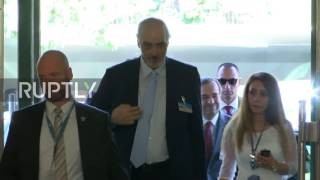 Switzerland  Jaafari arrives at UN offices for new round of Syria talks
