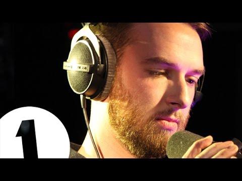 honne-loud-places-jamie-xx-cover-radio-1s-piano-sessions-bbc-radio-1