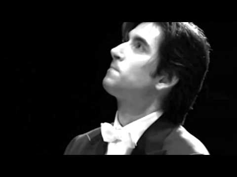 "Pablo Amorós plays Chopin. Etude op.25 n.10 ""Octaves"""