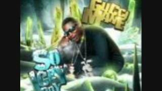 GUCCI MANE PHOTO SHOOT (with lyrics)