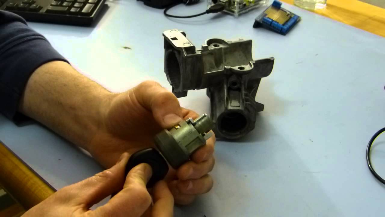 Bmw E36 Ignition Lock Cylinder Replacement Youtube