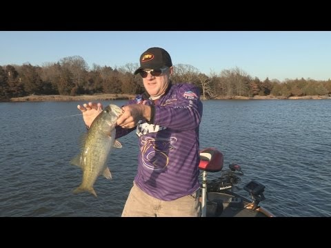 Southwest Outdoors Report #2 Lake Konawa, Oklahoma Bass Fishing - 2013