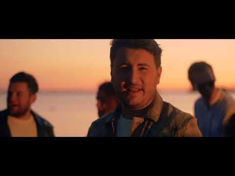 Danny Froger - Bailar Conmigo (Dans Met Mij) [Officiële videoclip]