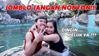 DI PELUK DAN DICIUM CEWEK CANTIK DI KOLAM RENANG !!! JOMBLO JANGAN NONTON !!!