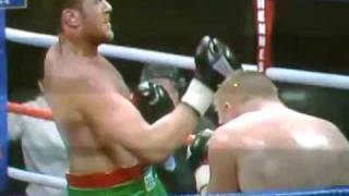 Boxer Uppercuts Himself In The Face