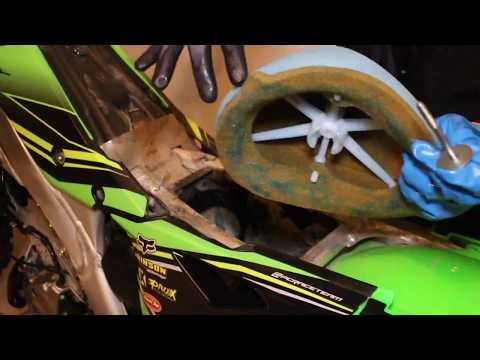 How to remove and oil an air filter (Kx 250f)