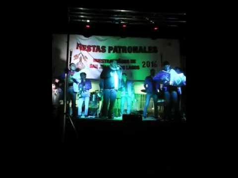 Padre Dizan Aldaz Fiestas Patronales Lagos 2016. PÍDEME LA LUNA Y TRAGOS DE AMARGO LICOR.