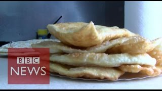 Ukraine: Exiled Crimean Tatars cook up a new life in Kiev- BBC News