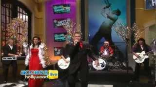 Gambar cover Louis Prima Jr. on Access Hollywood Live (Christmas Show)