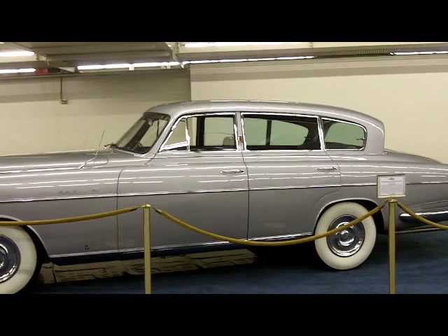 Wedding Car Hire Melbourne  Classic Cars   Rolls Royce   Jaguar   Bentley   Mercedes     TravelerBase   Traveling Tips U0026 Suggestions