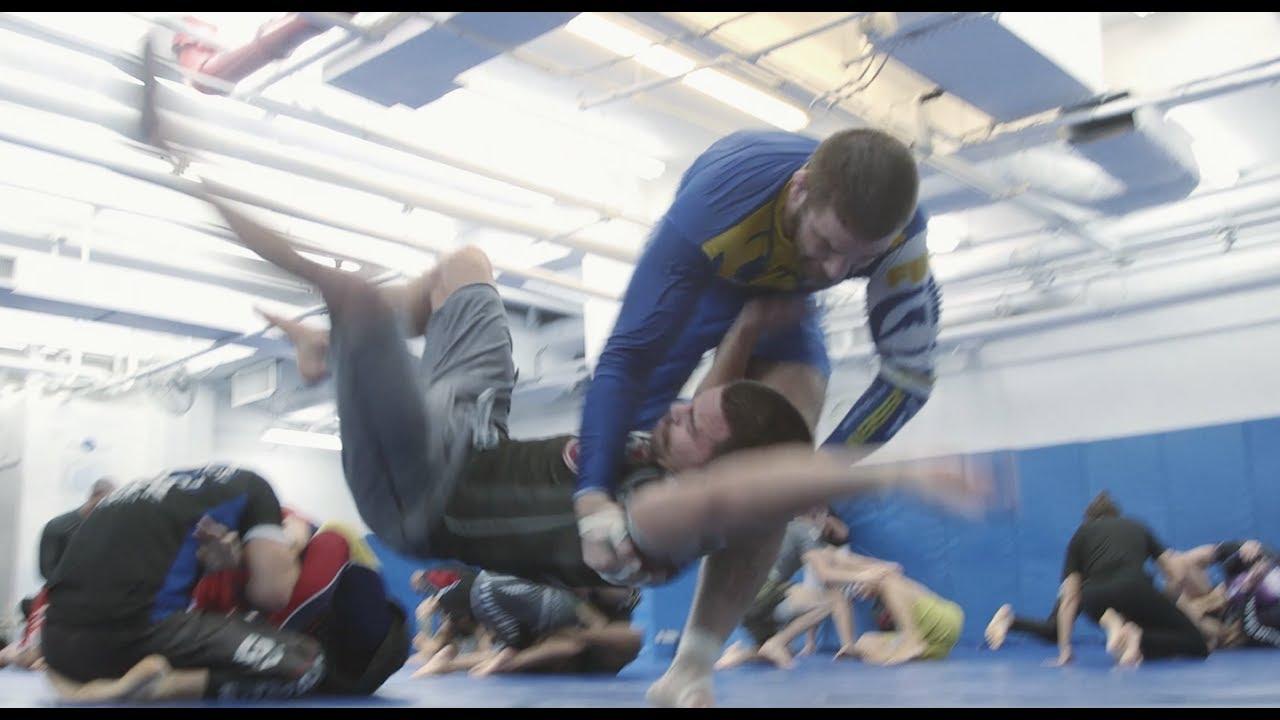 adidas Hoody Combat Sports Karate schwarzrot