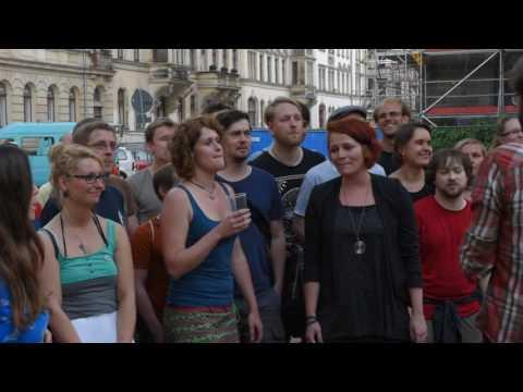 Erster Dresdner Martin Luther Platz Chor - Dresdner Kneipenchor - SCHICKT MIR DIE POST