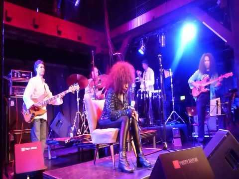 Elza Soares - live in Hamburg / Fabrik