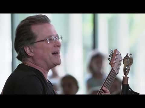 Violent Femmes - Please Do Not Go (Live on KEXP)
