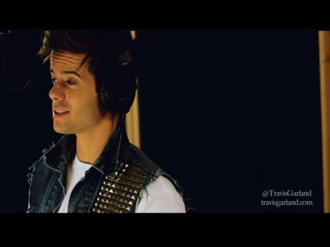 WE ARE NEVER EVER GETTING BACK TOGETHER - Taylor Swift (Travis Garland Cover)