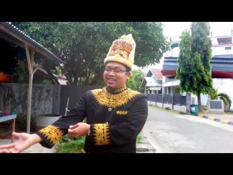 TRAVELERS MALAYSIA TOUR GUIDE TO BE LEARNED IN ACEH,, REALLY