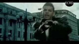 Tito El Bambino ft Toby Love - La Busco (Video Oficial) ECRD