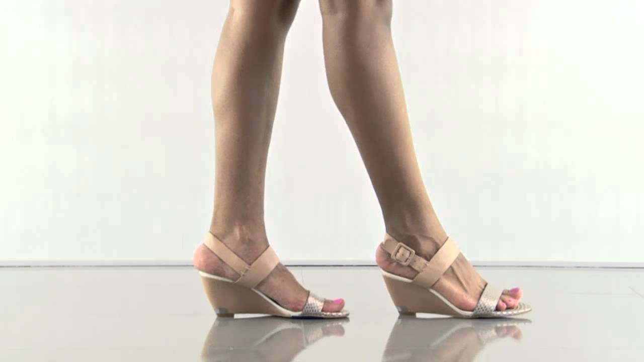 91a690508859 Sutton in Natural Light Gold Leather Sam Edelman - YouTube