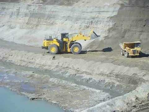 Gold Mining Earnscleugh Otago NZ ..Mine closed now?