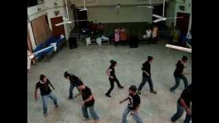 Woh Ladki hai Kahan|Tu Cheez Badi hai Mast Group Dance