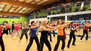 Kasia Koś - Zumba fitness - Ona tańczy dla mnie (Weekend)
