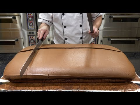 The Ace & TJ Show - SATISFYING: Cutting the Jiggly Cheesecake!