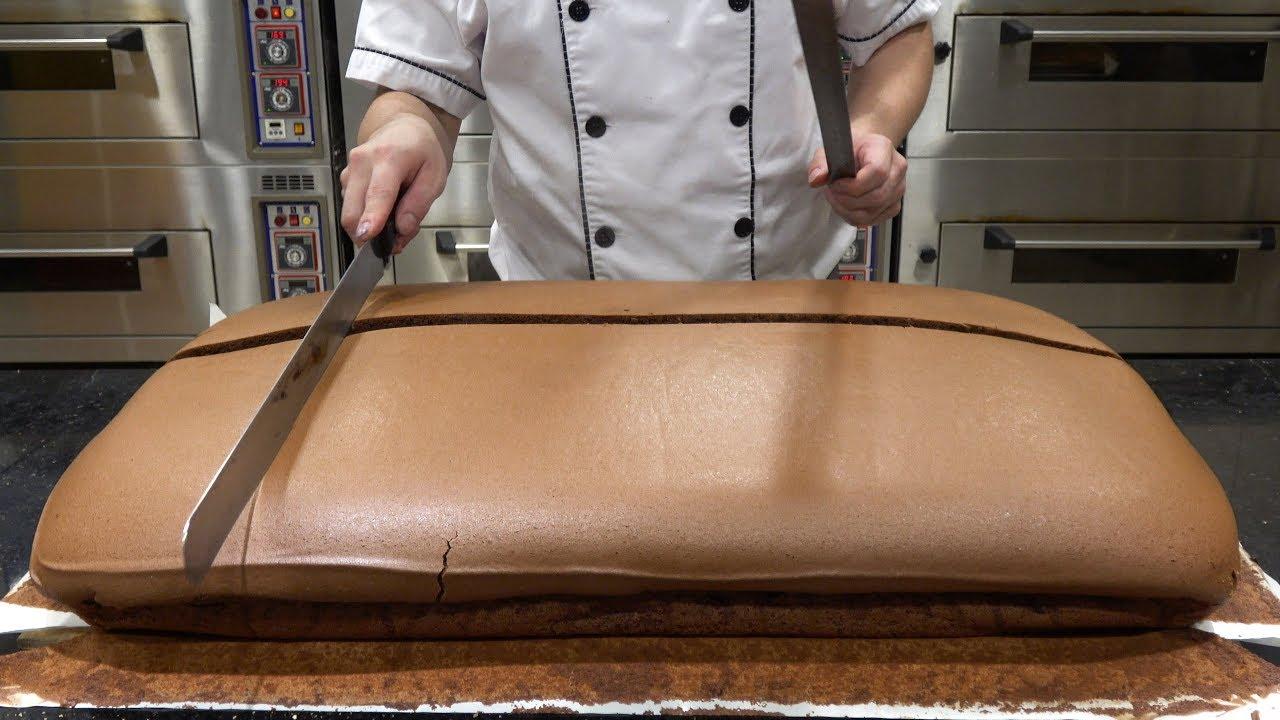 Download Original Chocolate Jiggly Cake Cutting