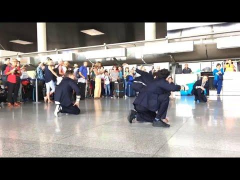 Catania, flash mob sulle note di 'Mamma mia' per i 200 mila passeggeri Dat