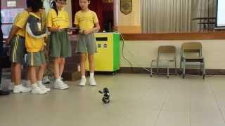 黃大仙天主教小學 - 高智能機械人工作坊(學生操作示範)