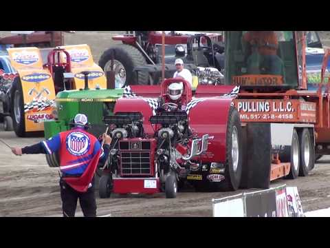 Modified Tractors pulling at Eldora Speedway in 2011