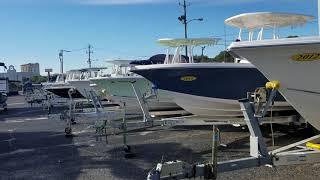 Покупаю новую для меня рыбацкую лодку.