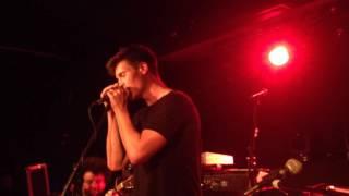 Nur ein Herzschlag entfernt - Wincent Weiss // Lyrics in description // live in Leipzig