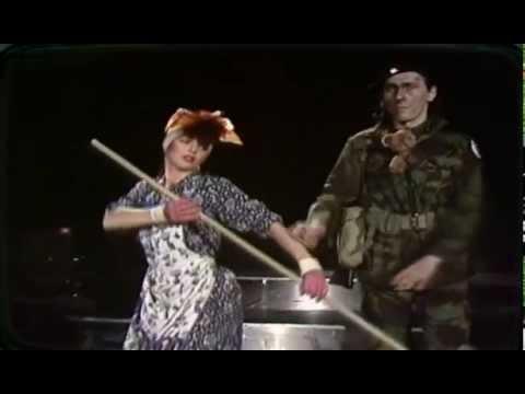 Kate Bush - Army Dreamers 1980