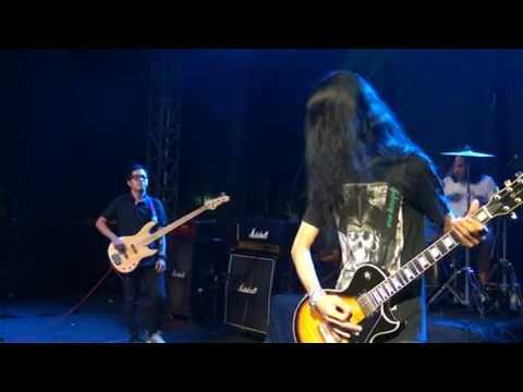 bento - cannibal live - lumajang music corner - rock n reggae 2016