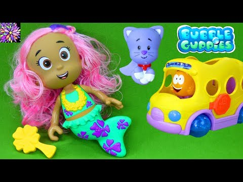 Bubble Guppies Beach Party Molly Color Changer Doll Catfish Guppy Squirters Mermaid Bath Toys