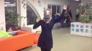 Собчак танцует Gangnam style! Ржу не могу!!!