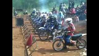 balap MOTOCROSS