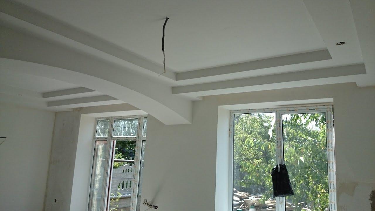 Картинки потолочного ригеля в квартире