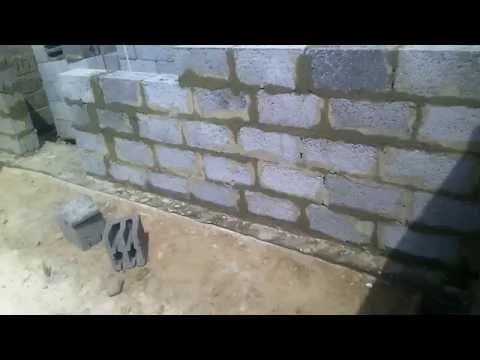 строительство промежуточных стен  и вент канала из керамзитобетонных блоков и кирпича